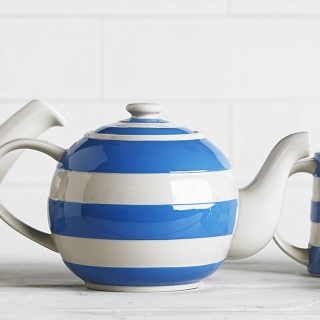 "Konvice na čaj ""Large Betty"" Blue Stripes 1400 ml - Cornishware"